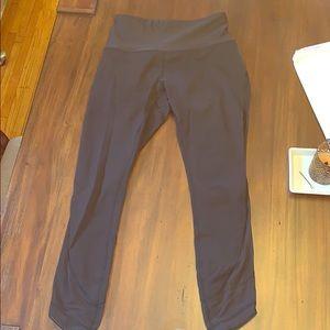 Lululemon SE black luon leggings size 6